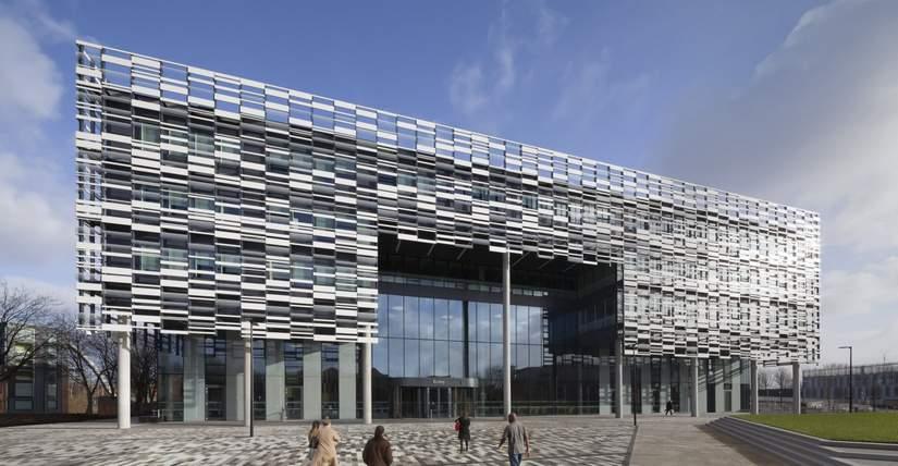 Стипендии от Manchester Metropolitan University в Великобритании, 2017