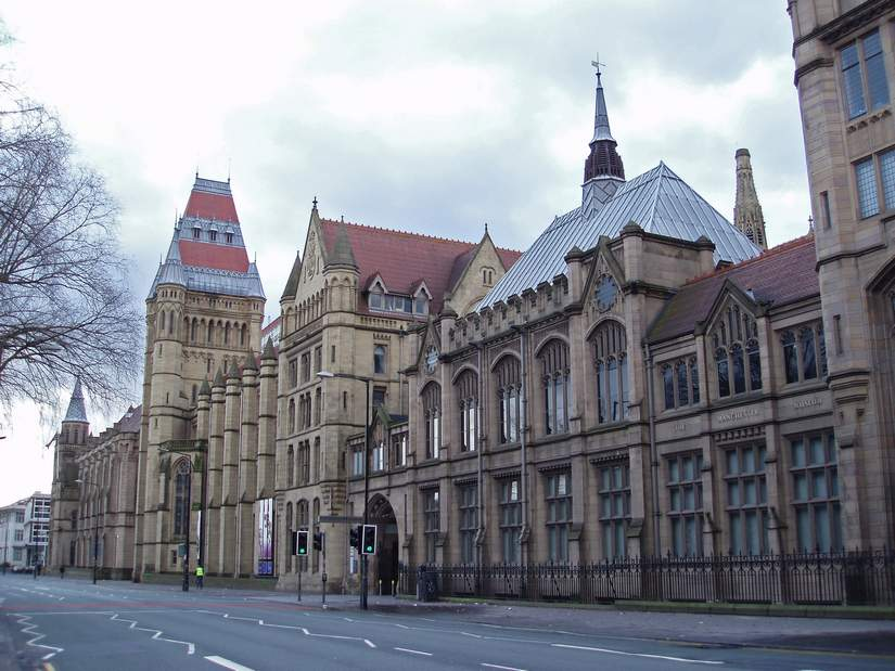 Стипендия Professor Martin Burch Bursary от University of Manchester