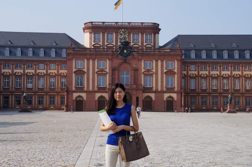 180 стипендий для иностранных студентов от the University of Mannheim 2017-2018