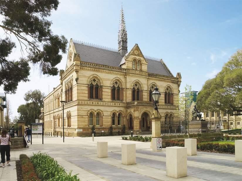 Стипендии для иностранных  студентов от University of Adelaide в 2018