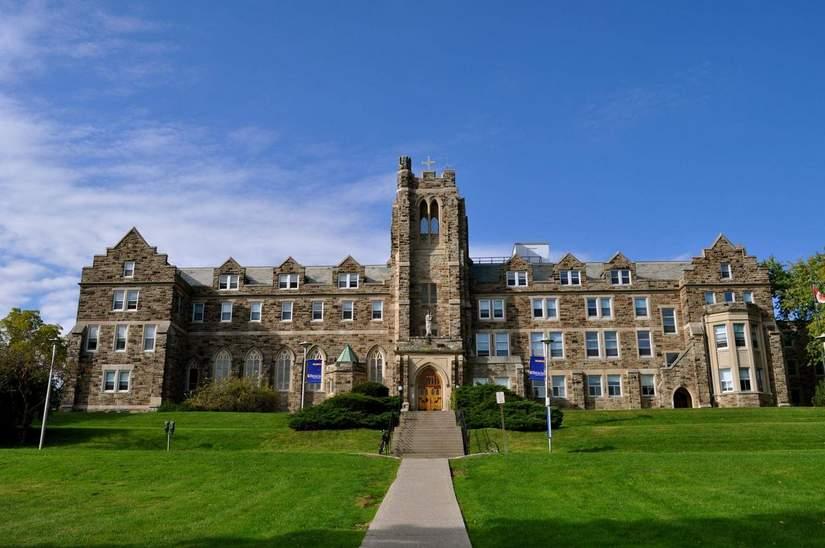 Стипендии для иностранных студентов от University of Western в 2019